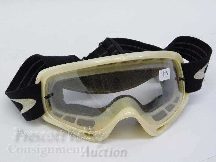 Oakley White Ski Snowboard Goggles