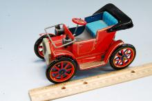 Lot 1: Vintage Japan Modern Toys Tin Litho Lever Action Car