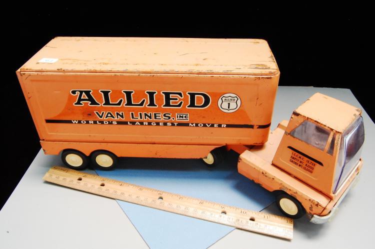 Lot 13: Vintage Tonka Allied Moving Pressed Steel Semi Truck