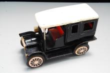Lot 16: Vintage Japan Friction Tin Toy Model T