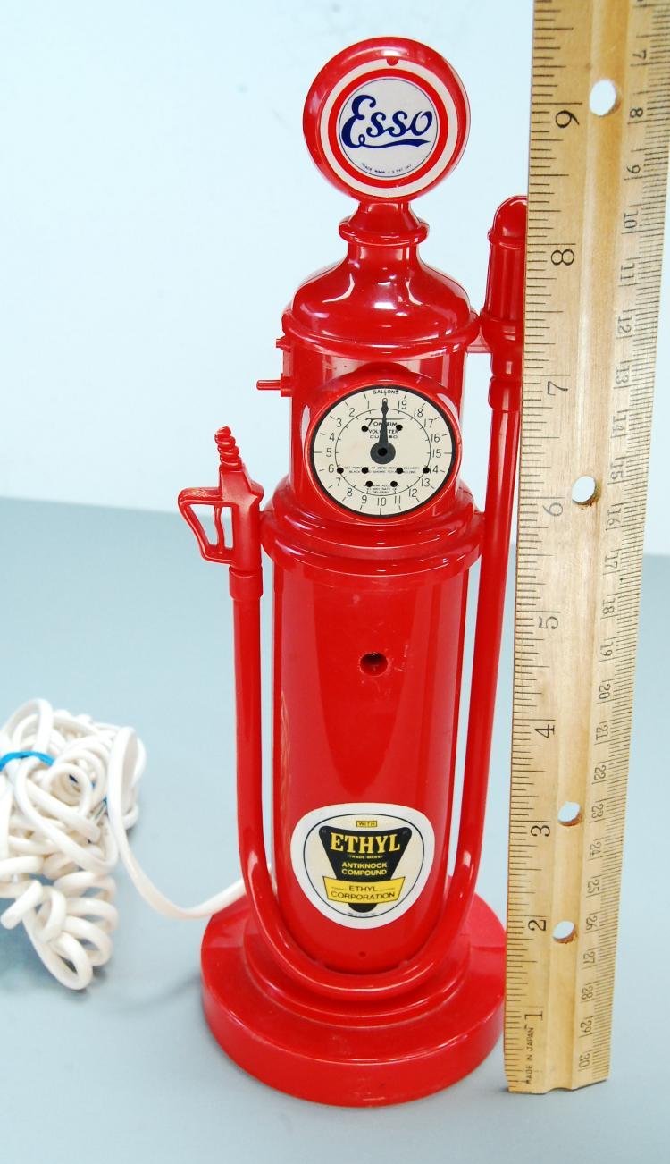 Lot 38: 1984 Synanon Esso Fuel Pump Telephone