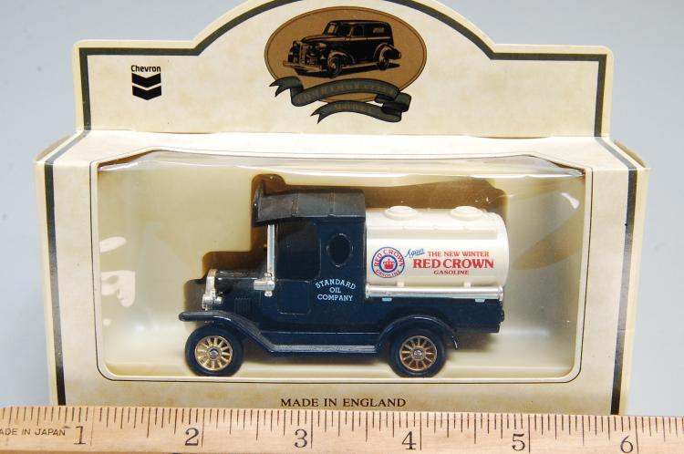 Lot 41: Chevron Days Gone Red Crown Gasoline 1920 Model T