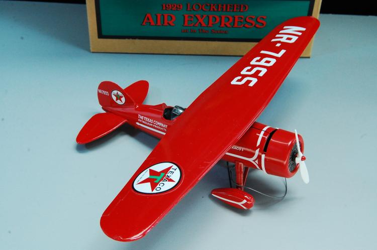 Lot 47: Wings Of Texaco 1929 Lockheed Air Express 1st In S