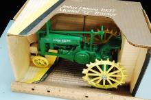 Lot 51: Vintage Ertl 1/16 1937 John Deere Model G Tractor