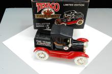 Lot 56: 1988 Ertl Texaco 1918 Ford Runabout Diecast Coin Bank