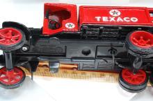 Lot 57: 1992 Ertl 1925 Kenworth StakeTruck Diecast Metal Bank