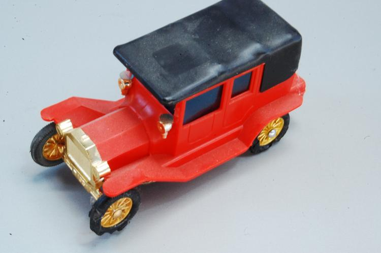 RARE Vintage Tyco Battery Operated Model T