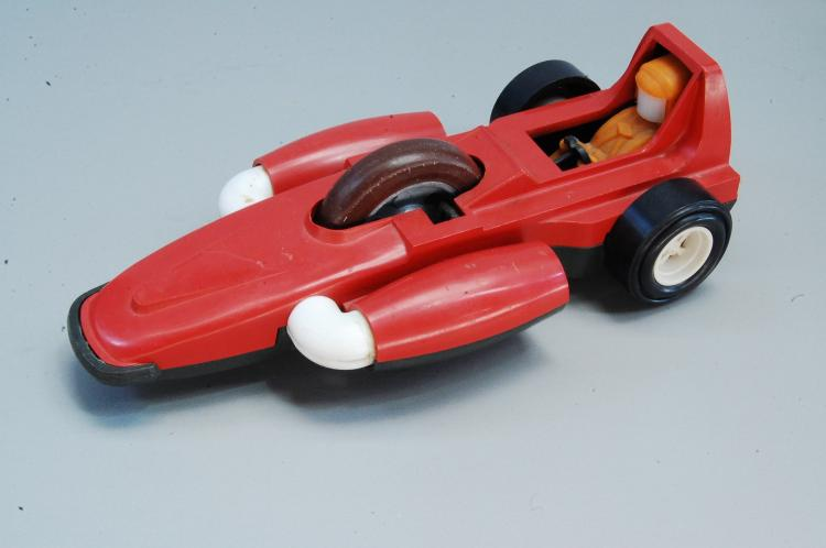 1970s Kenner Rip Cord Dragster