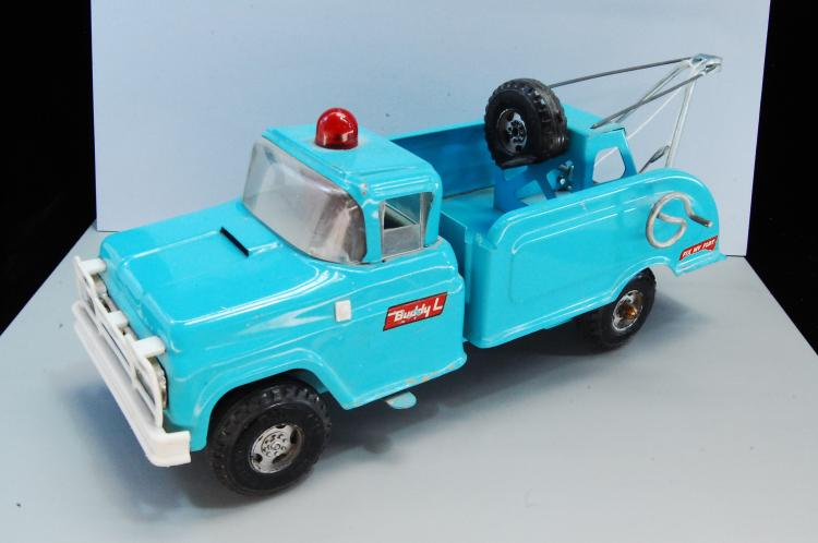 Vintage 1950s or 60s Buddy L Turquoise Tow Truck W