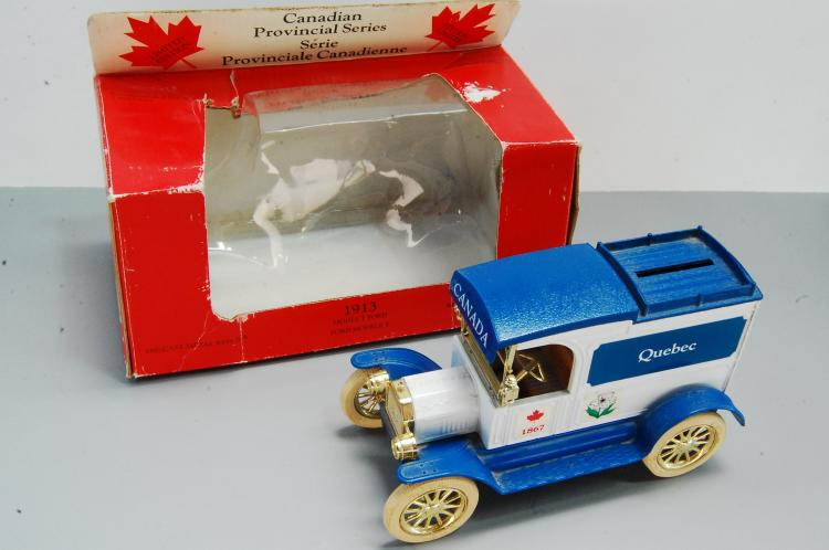 Vintage Canadian Ertl 1913 Model T Ford Quebec Die