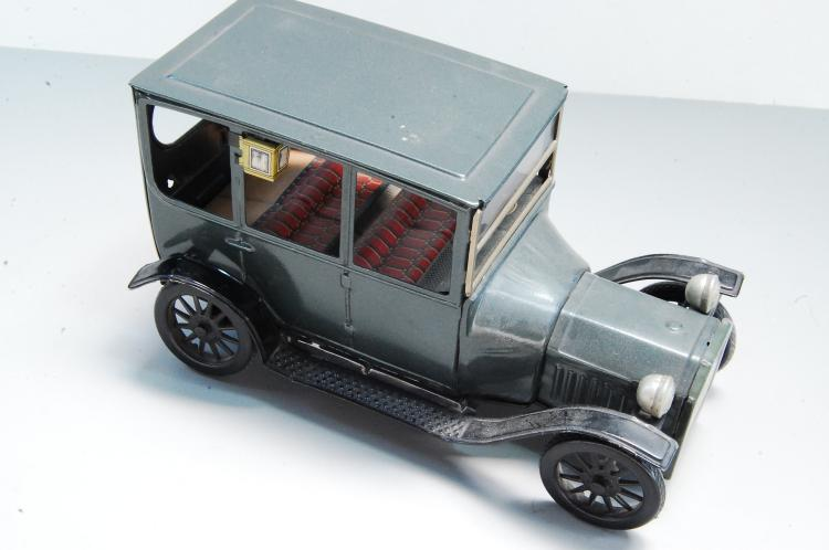 Vintage Bandai Japan Tin Toy 1915 Ford Friction To