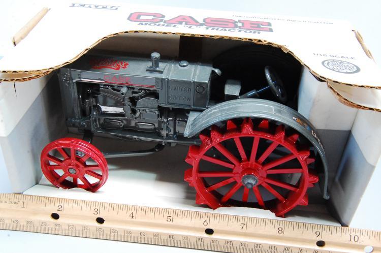 Lot 139: Vintage Ertl Case Model L Limited Edition Tractor