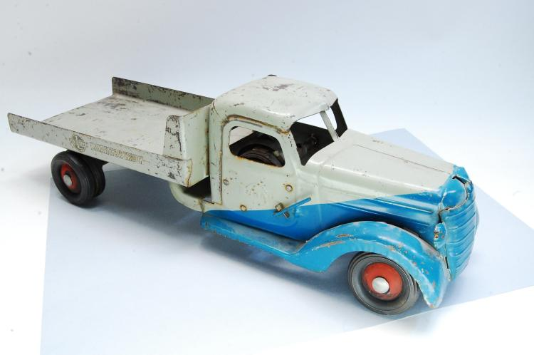 Antique Buddy L Large Pressed Steel Flat Bed Truck