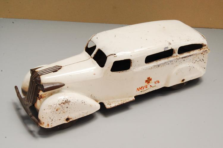 Antique 1930s Wyandotte Pressed Steel Ambulance To