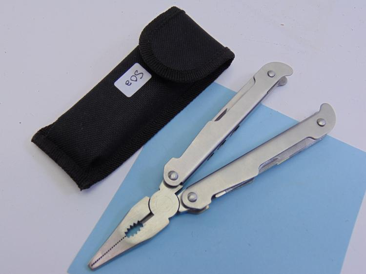 New 9-Fuction Multi-Tool W/ Nylon Case