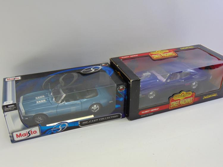 Lot of 2 1:18 Die cast Chevy Cars Maisto '68 Camaro SS & Ertl American Muscle '70 Chevelle Street Machine