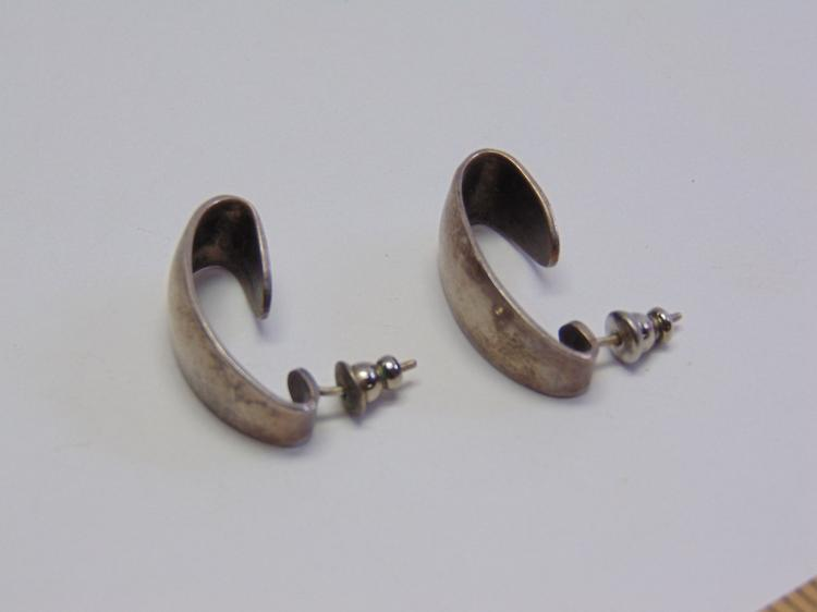 Vintage Sterling Silver Taxco Mexican Made Post Earrings