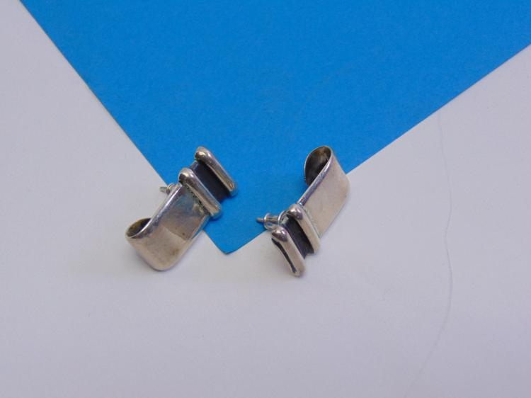 Vintage Mexican Sterling Silver CH-03 Signed Post Earrings