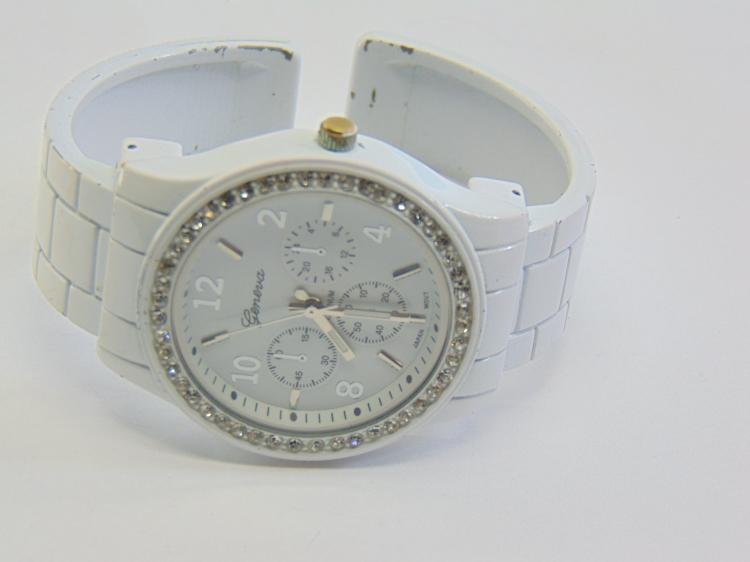 Geneva Platinum No 8495 White Enamel and Rhinestone Women's Cuff Watch