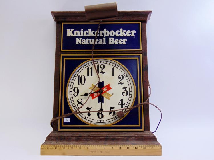 Lot 6: Vintage Knickerbocker Natural Beer Lighted Advertising Clock Sign