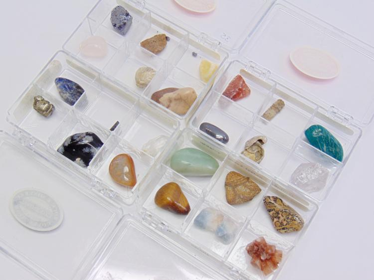 Lot of 24 Semi Precious Stones Minerals and Fossils in 4 GeoCentral Collection Cases