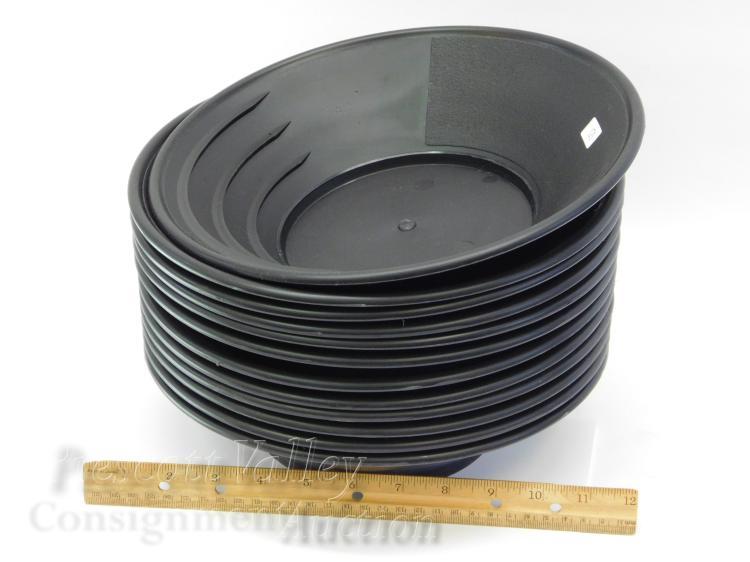 "Lot 10: Lot of 12 Unused Jobe Prospecting 1849 11"" Black Gold Pans"