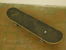 Lot 62: Lamar Skateboard Deck and Wheels with Kult Trucks