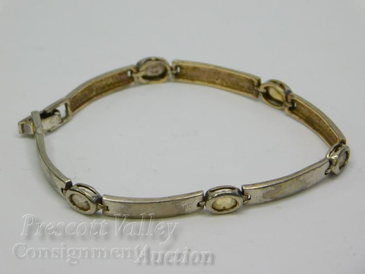 "Lot 86: 9.2 Gram Sterling Silver Citrine and Smoky Quartz 7.25"" Bracelet"