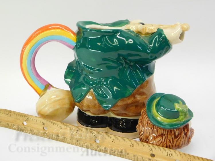 Lot 103: OCI Sri Lanka 24oz Irish Leprechaun Tea Pot