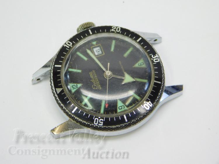 Vintage Endura Swiss Made Manual Wind Waterproof 5 ATM Men's Date Diving Wrist Watch