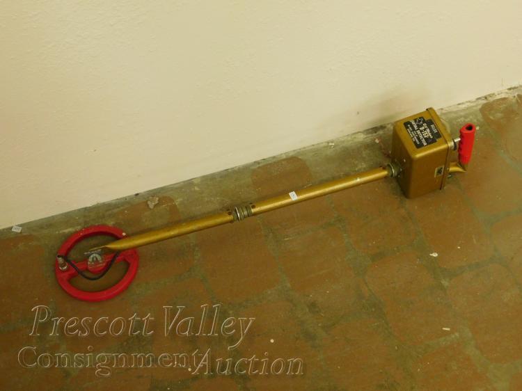 Vintage Bill Mahan's D-Tex Delux Metal Detector