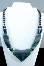 Lot 6: Costume Jewelry Ladies Inlaid Necklace
