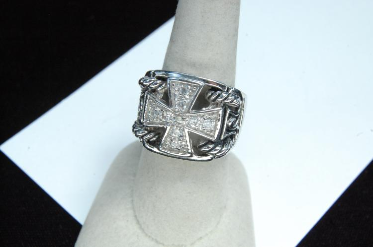 Lot 10: Costume Jewelry Cross Ring Size 8