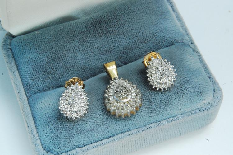 5g Sterling Silver Diamond Earrings & Pendant Set