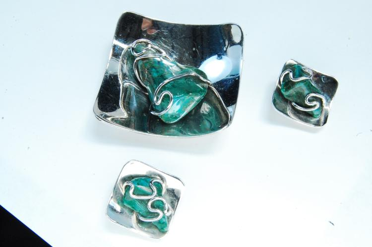 Nickel Silver Malachite Pendant & Earrings Set
