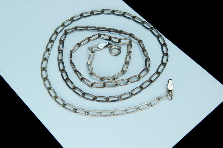 "Vintage 6.3g Sterling ""Curb Style"" Chain Necklace"