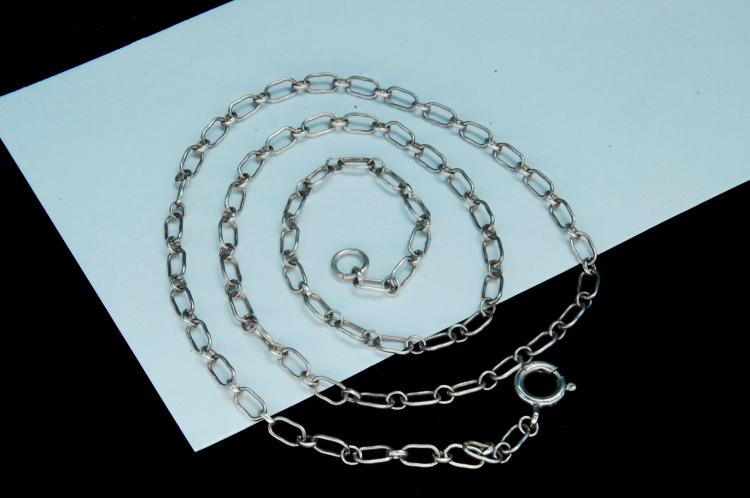 Lot 72: 5.3g Sterling Silver Fancy Link Chain Necklace