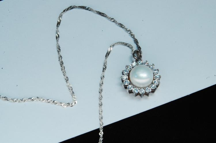 Modern Sterling Pearl CZ Ladies Necklace