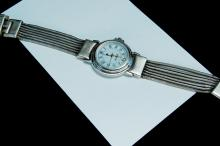 Lot 129: Vintage 44g Sterling Ecclissi Ladies Dress Watch