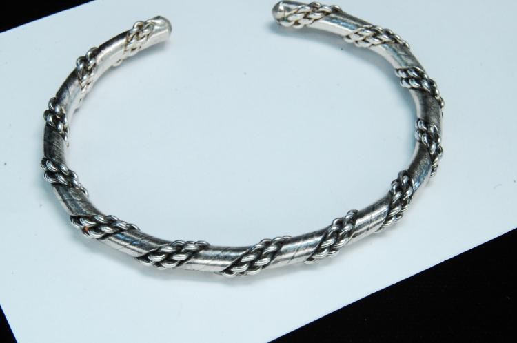 Vintage 16g Sterling Navajo Twisted Bracelet