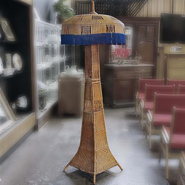 eiffel tower floor lamp | campernel designs