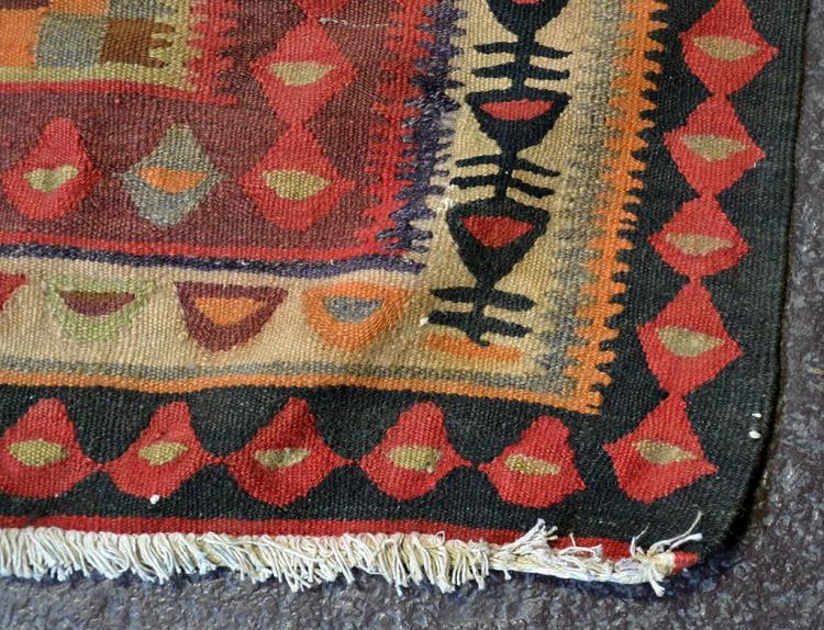 CARPET: HANDWOVEN PERSIAN FLAT WEAVE - Wool on a cotton warp : cotton warp quilt - Adamdwight.com