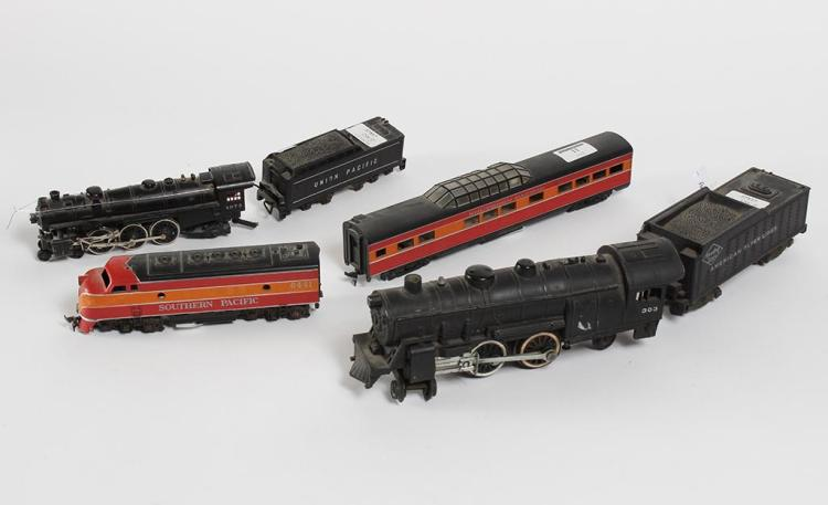 AMERICAN FLYER LINES, SOUTHERN PACIFIC, AND UNION PACIFIC MODEL TRAIN PAIRS - 3 sets of model trains depicting famous locomotives an...