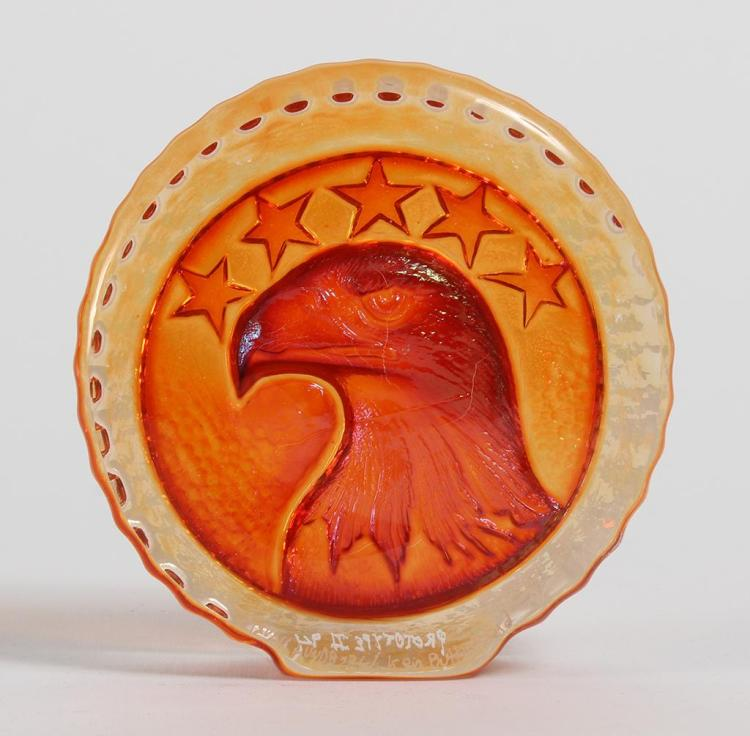 LUNDBERG / BUTTERFIELD SUNCAST EAGLE PAPERWEIGHT - Disc-shaped, the face larger than the back