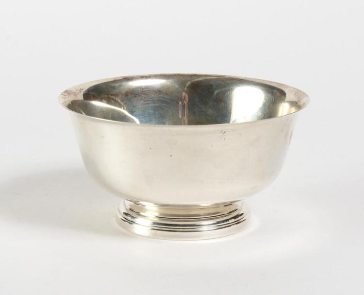 STERLING SILVER FOOTED BOWL - The classical shaped sterling bowl (3.5