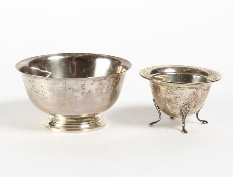 TWO STERLING SILVER BOWLS - Two round sterling silver bowls. The small one has four slipper feet (2.25