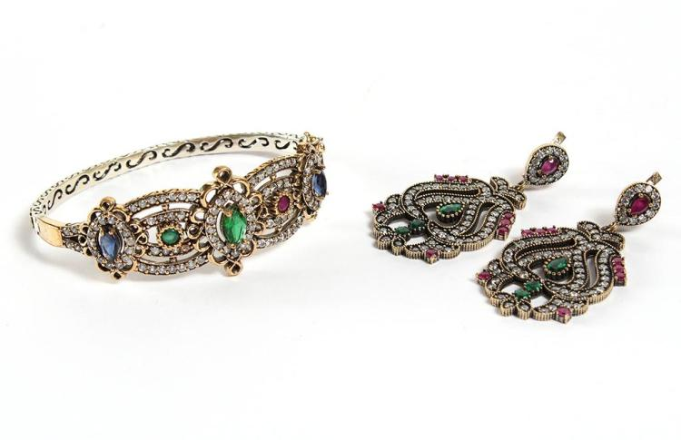 BRACELET & CHANDELIER EARRINGS WITH COLORFUL GEMSTONES - Hinged bangle bracelet with elaborate openwork of white topaz-set ribbons j...
