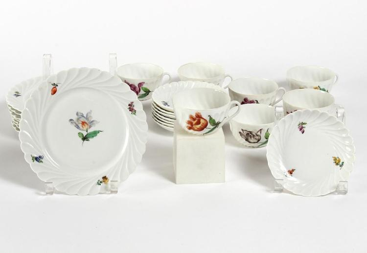 NYMPHENBURG DESSERT SET - Pattern number 1632; includes 7 coffee cups, 8 saucers and 8 dessert plates 7.5