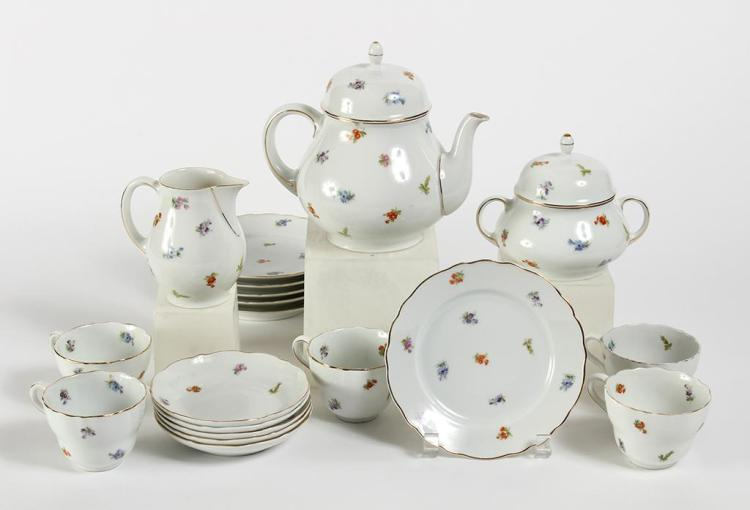 BAVARIAN COFFEE AND DESSERT SET - Decorated with an overall design of small field flowers and gilt trim. Includes 6 dessert plates 6...