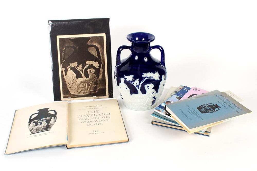 Wedgwood Jasper Portland Vase Full Sized Replication Of Th